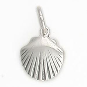 Picture of Sterling Silver Clam Shell Charm with Jumpring, 11x14mm