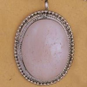 Picture of Oval Bone Base Metal Pendant 43mm