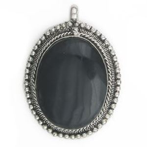 Picture of Oval Black Horn Base Metal Pendant 38mm