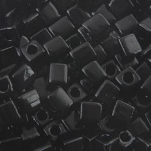 Picture of Opaque Black Square Bead #401 / 4x4mm<br />Approximately 25 ~        Grams