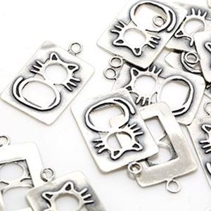 Picture of Sterling Silver Cat ~        Outline 16x23mm